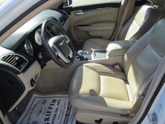 2013 Chrysler 300 Houston, Mississippi 6