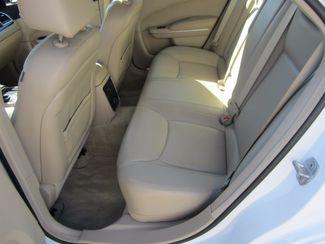 2013 Chrysler 300 Houston, Mississippi 8