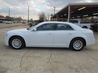 2013 Chrysler 300 Houston, Mississippi 2