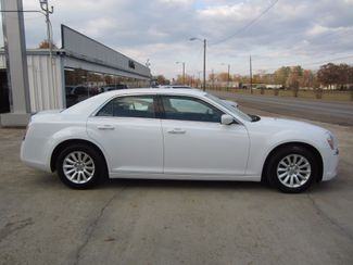 2013 Chrysler 300 Houston, Mississippi 3