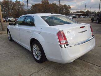 2013 Chrysler 300 Houston, Mississippi 4