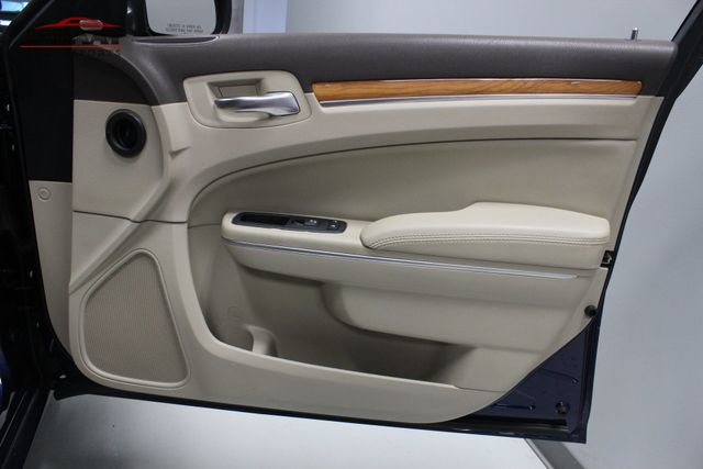2013 Chrysler 300 300C Merrillville, Indiana 25