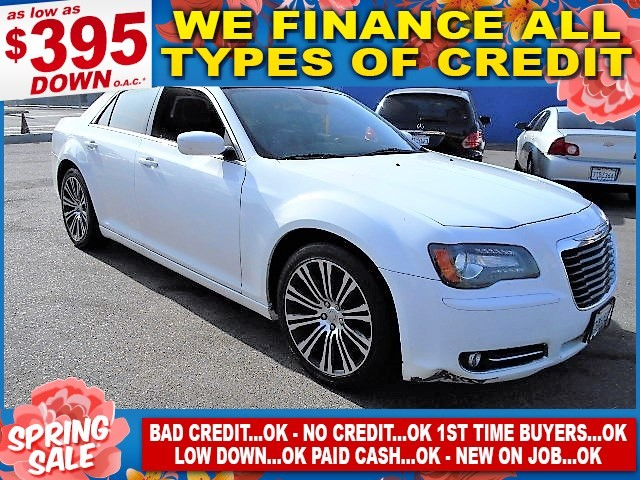 2013 Chrysler 300 300S Limited warranty included to assure your worry-free purchase AutoCheck rep