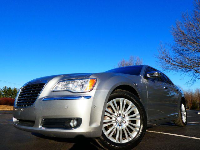 2013 Chrysler 300C 5.7L V8 Leesburg, Virginia 1