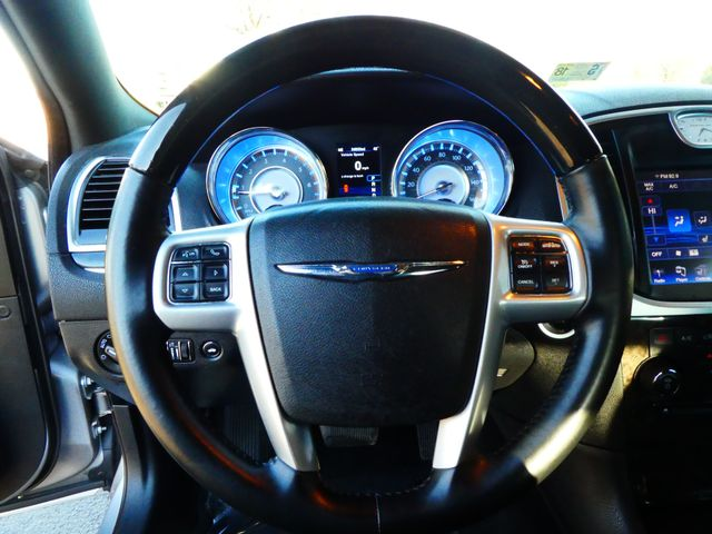 2013 Chrysler 300C 5.7L V8 Leesburg, Virginia 17
