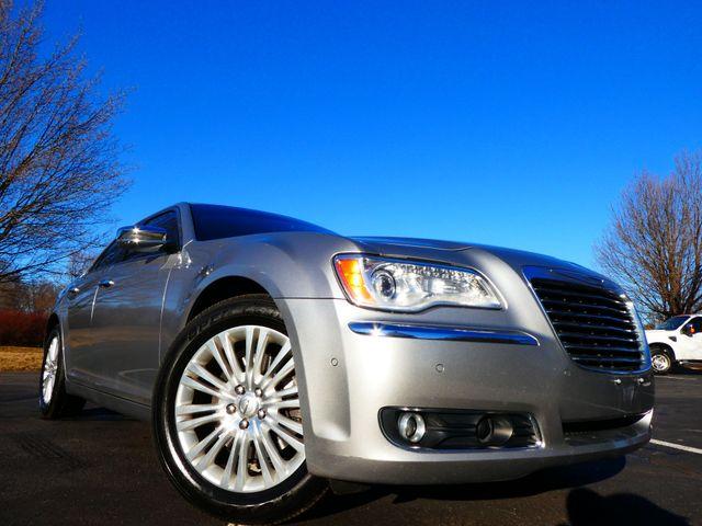 2013 Chrysler 300C 5.7L V8 Leesburg, Virginia 0