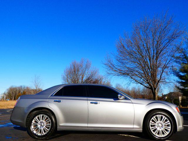 2013 Chrysler 300C 5.7L V8 Leesburg, Virginia 5