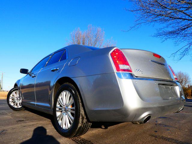 2013 Chrysler 300C 5.7L V8 Leesburg, Virginia 3