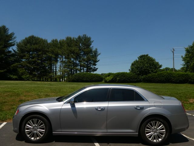 2013 Chrysler 300C 5.7L V8 Leesburg, Virginia 5