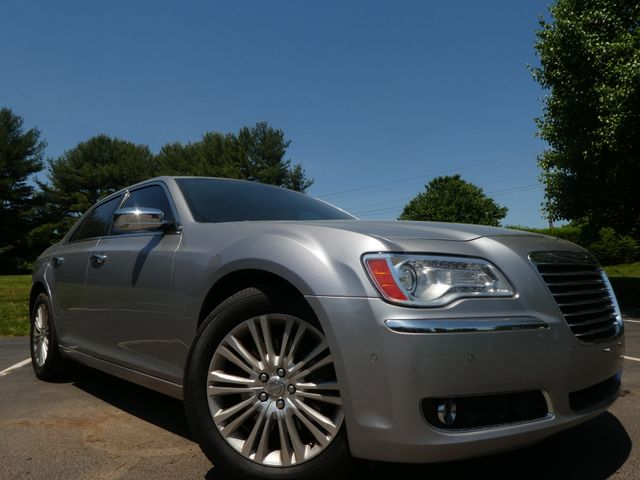 2013 Chrysler 300C 5.7L V8 Leesburg, Virginia 1