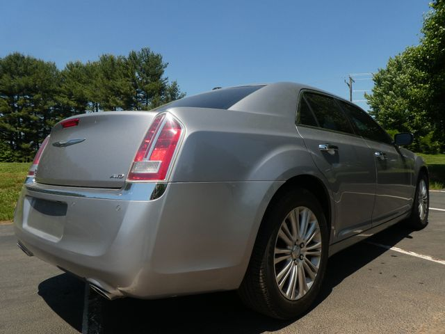 2013 Chrysler 300C 5.7L V8 Leesburg, Virginia 3