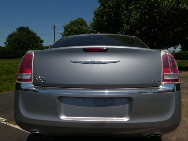 2013 Chrysler 300C 5.7L V8 Leesburg, Virginia 6