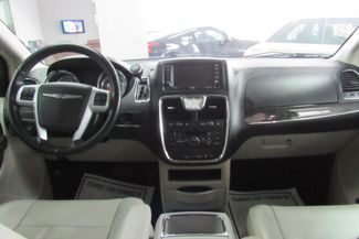 2013 Chrysler Town & Country Touring W/ BACK UP CAM Chicago, Illinois 8