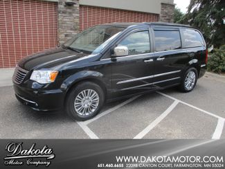 2013 Chrysler Town & Country Touring-L Farmington, Minnesota