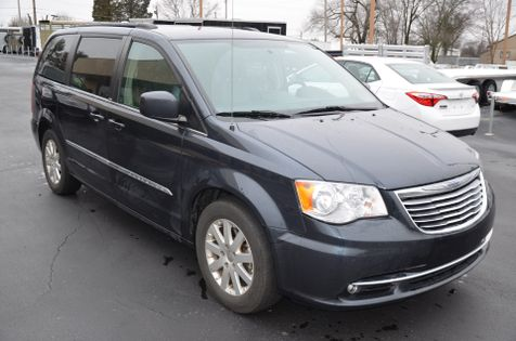 2013 Chrysler Town & Country Touring in Maryville, TN