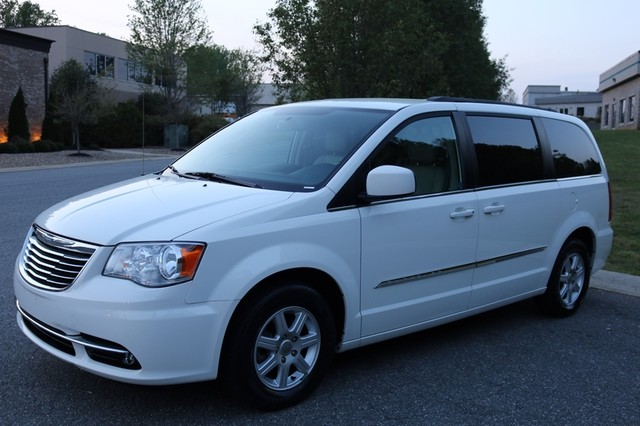2013 chrysler town country touring ebay. Black Bedroom Furniture Sets. Home Design Ideas