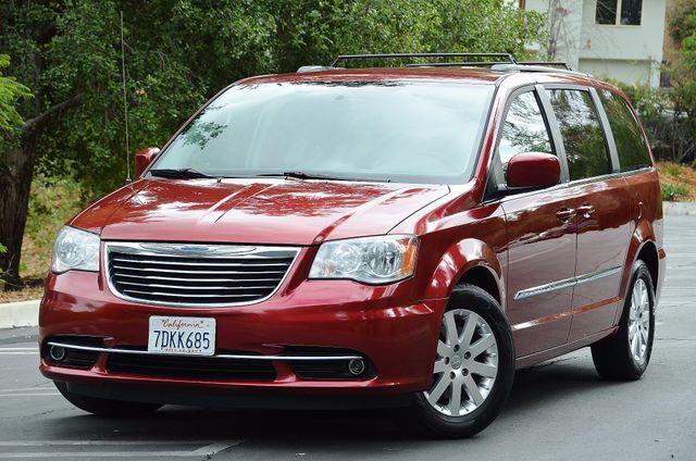 2013 Chrysler Town & Country Touring Reseda, CA 17