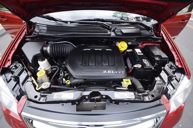 2013 Chrysler Town & Country Touring Reseda, CA 43