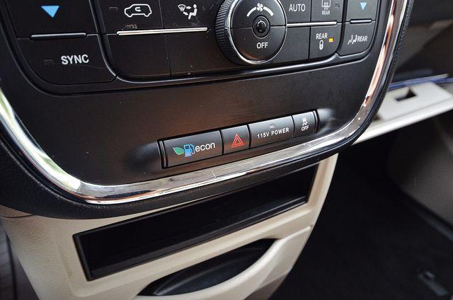 2013 Chrysler Town & Country Touring Reseda, CA 48