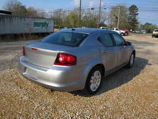 2013 Dodge Avenger SE Houston, Mississippi 4
