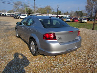 2013 Dodge Avenger SE Houston, Mississippi 5
