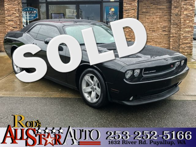 2013 Dodge Challenger RT This vehicle is a CarFax certified one-owner used car Pre-owned vehicle