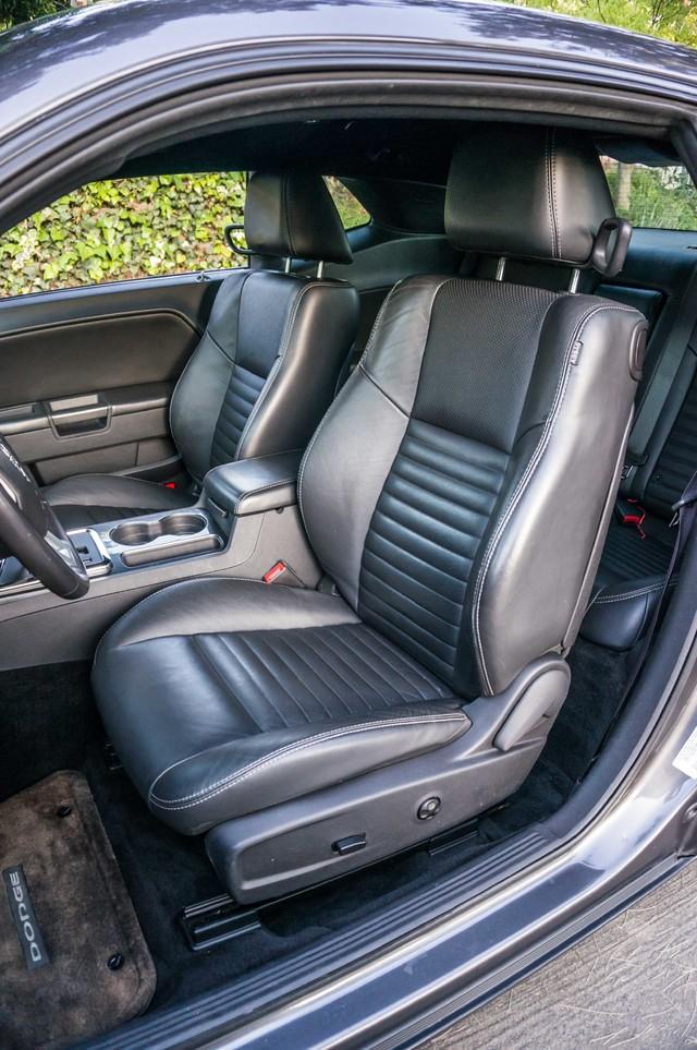 2013 Dodge Challenger SXT Plus - AUTO - LTHR - NAVI - 34K MILES Reseda, CA 24