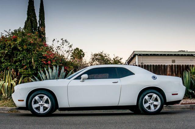 2013 Dodge Challenger SXT Reseda, CA 4