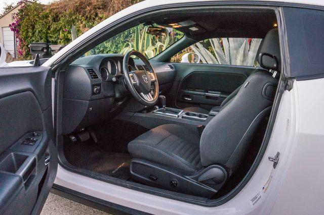 2013 Dodge Challenger SXT Reseda, CA 10
