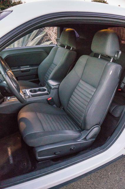 2013 Dodge Challenger SXT Reseda, CA 19