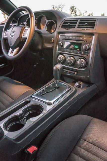 2013 Dodge Challenger SXT Reseda, CA 15