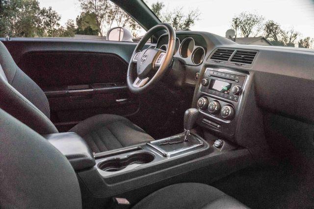 2013 Dodge Challenger SXT Reseda, CA 23