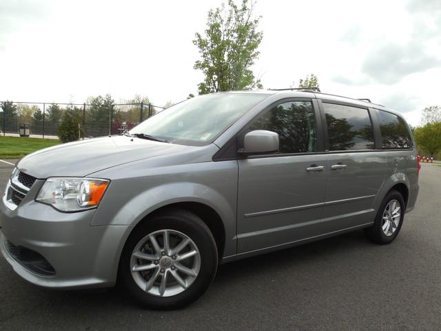 2013 Dodge Grand Caravan SXT Leesburg, Virginia 1