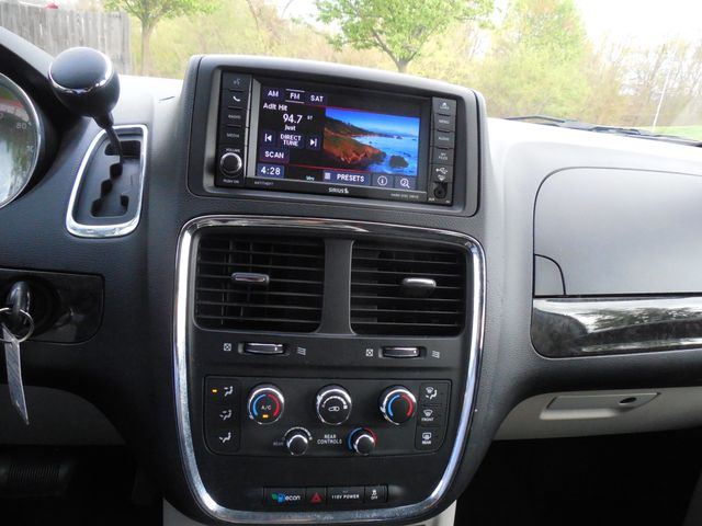 2013 Dodge Grand Caravan SXT Leesburg, Virginia 26
