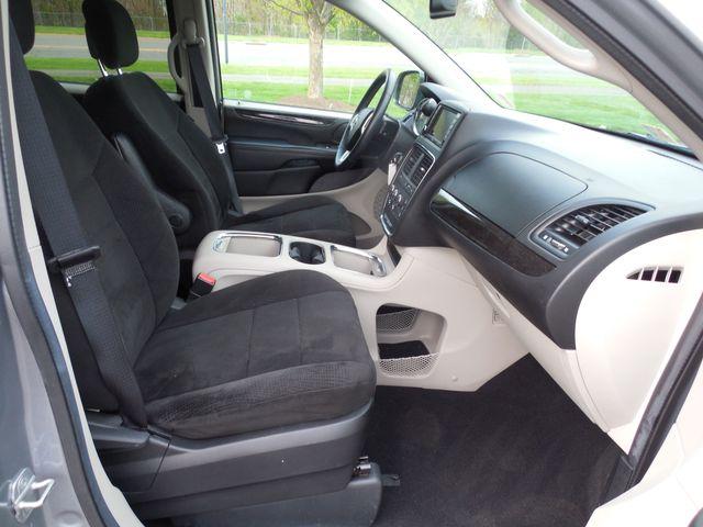 2013 Dodge Grand Caravan SXT Leesburg, Virginia 9