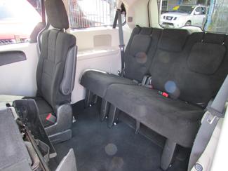 2013 Dodge Grand Caravan SE, Financing Available! Clean CarFax! New Orleans, Louisiana 12