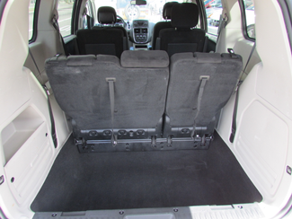 2013 Dodge Grand Caravan SE, Financing Available! Clean CarFax! New Orleans, Louisiana 13