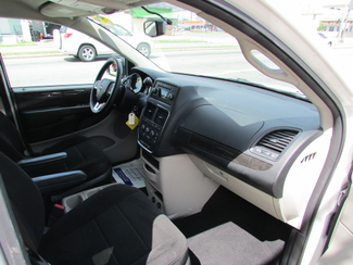 2013 Dodge Grand Caravan SE, Financing Available! Clean CarFax! New Orleans, Louisiana 16