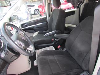 2013 Dodge Grand Caravan SE, Financing Available! Clean CarFax! New Orleans, Louisiana 9