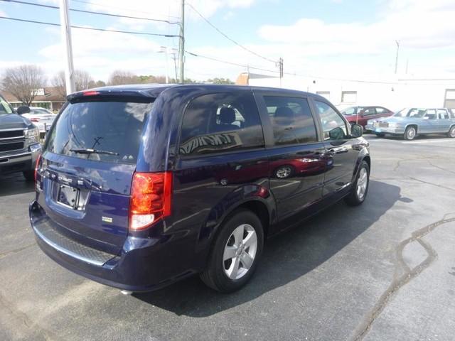 2013 Dodge Grand Caravan SE Richmond, Virginia 3