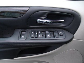 2013 Dodge Grand Caravan Sxt Handicap Van Pinellas Park, Florida 7