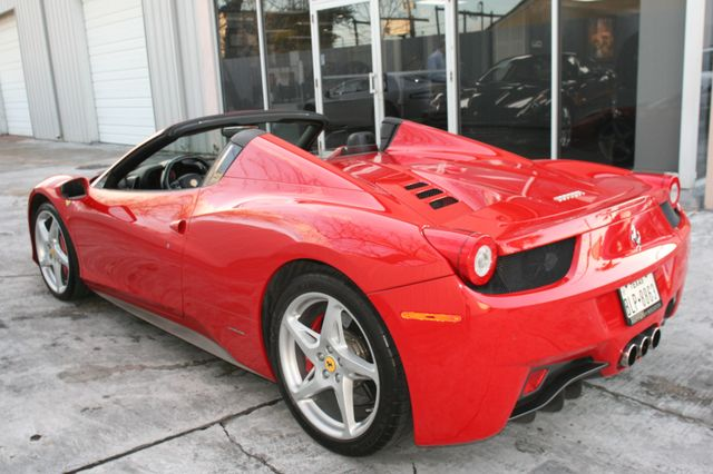 2013 Ferrari 458 Italia Spyder Houston, Texas 9