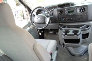 2013 Ford 15 Pass XLT Charlotte, North Carolina 14
