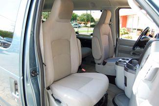 2013 Ford 15 Pass XLT Charlotte, North Carolina 7