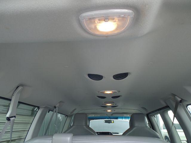 2013 Ford E-Series Wagon XLT Corpus Christi, Texas 26