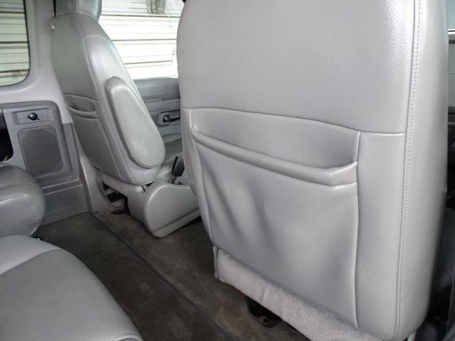 2013 Ford E-Series Wagon XLT Corpus Christi, Texas 32