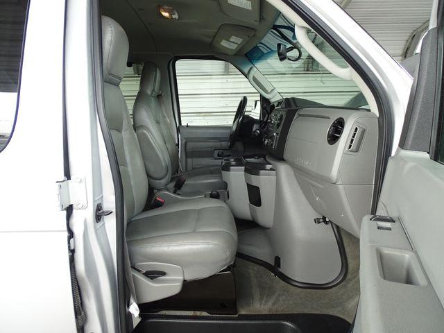 2013 Ford E-Series Wagon XLT Corpus Christi, Texas 34