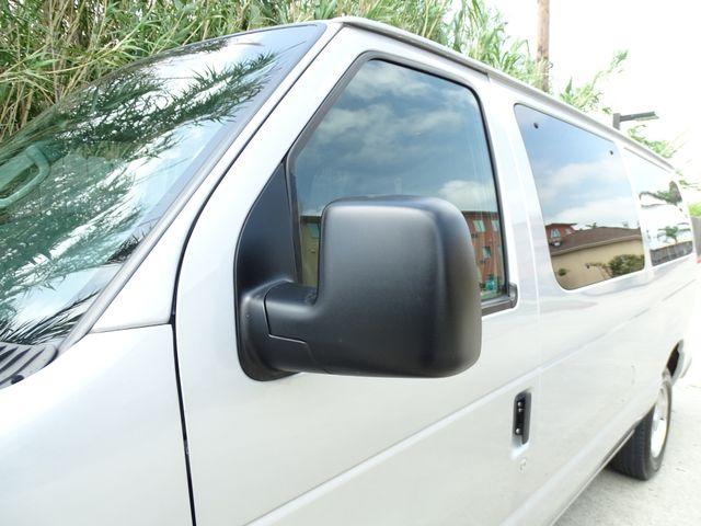 2013 Ford E-Series Wagon XLT Corpus Christi, Texas 10