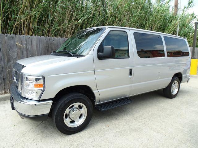 2013 Ford E-Series Wagon XLT Corpus Christi, Texas 0