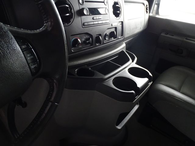 2013 Ford E-Series Wagon XLT Corpus Christi, Texas 20